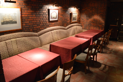 ◆ソファー席 最大14名様まで着席可能です。