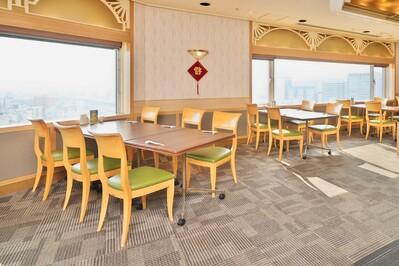 <オープン席> 眺望の良い人気の一般テーブル席