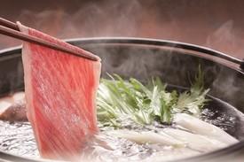 湯気が立ち上るおだしに旬の食材。 ご家族やご友人との特別な時間にゆったりと。