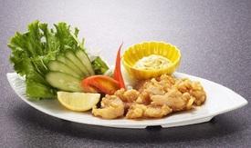 チキン南蛮(宮崎発祥) 甘辛たれとタルタルソースが食欲をそそります。
