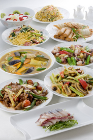 ボリュームも質も大満足の お料理を御用意しております。