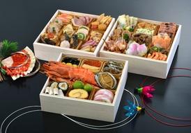 和洋三段重 おせち料理  7寸(4~5人前) 34,500円(配送料・税込)