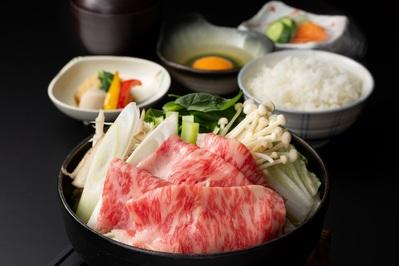 おすすめの昼膳!  大和牛のすき焼き御膳