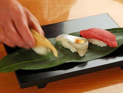 職人が握る江戸前寿司