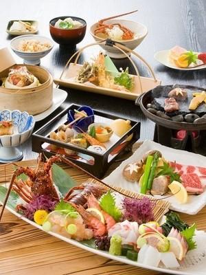 「お祝い会席」 お顔合わせ、ご長寿、記念日などのお祝いに。 心を込めたサービスと料理でおもてなし。