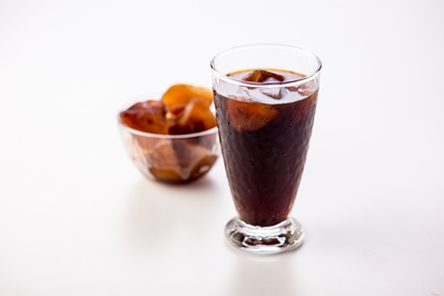 オーダー頂いてからお作りしているアイスコーヒー 同じコーヒーで作っている、カフェドパリ特製の氷を使用しています!