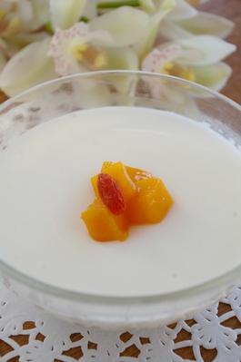 ■なめらか杏仁豆腐■ プルプルな食感をお楽しみ下さい。